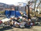 Мероприятия по предупреждению свалки рядом с продовольственным мини-рынком на Уралмаше