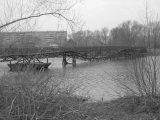 Аварийный мост через реку Патрушиха в Екатеринбурге оказался ничьим #public66