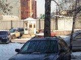 Незаконная автопарковка  на пр.Космонавтов д.33 в Екатеринбурге #public66