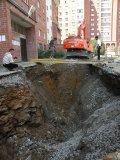 Незаконные земляные работы у дома по ул.Ватутина д.11